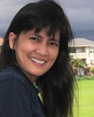 photo of liza pierce, blogger at A Maui Blog
