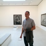 Kate Moss looking over Shane's shoulder, Gagosian Gallery, Paris, Peter Lindbergh exhibit